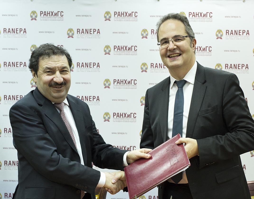 На Гайдаровском форуме в Президентской академии были подписаны соглашения о программах двойного диплома между РАНХиГС и двумя ведущими французскими бизнес-школами – SKEMA и NEOMA.