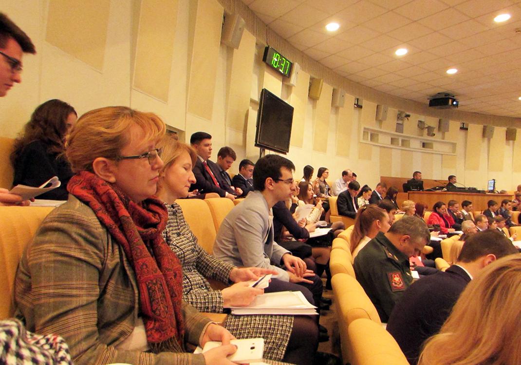 Студенты ИГСУ приняли участие в парламентских слушаниях в Госдуме