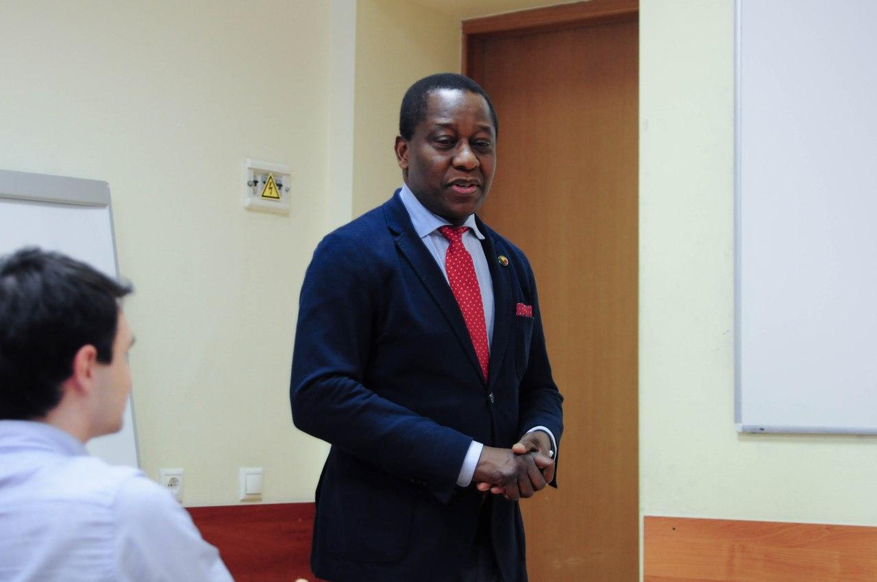 Академию посетил посол Республики Бенин (2012–2016) Анисет Габриэль Кочофа