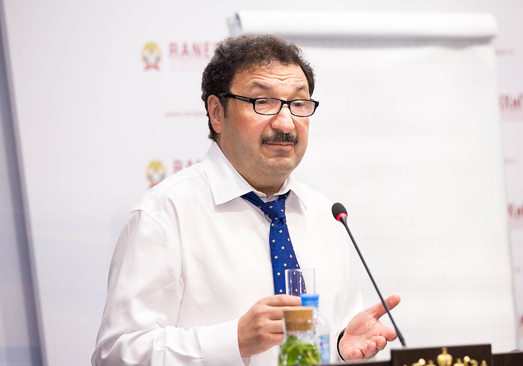 Владимир Мау провел лекцию для «Лидеров России»