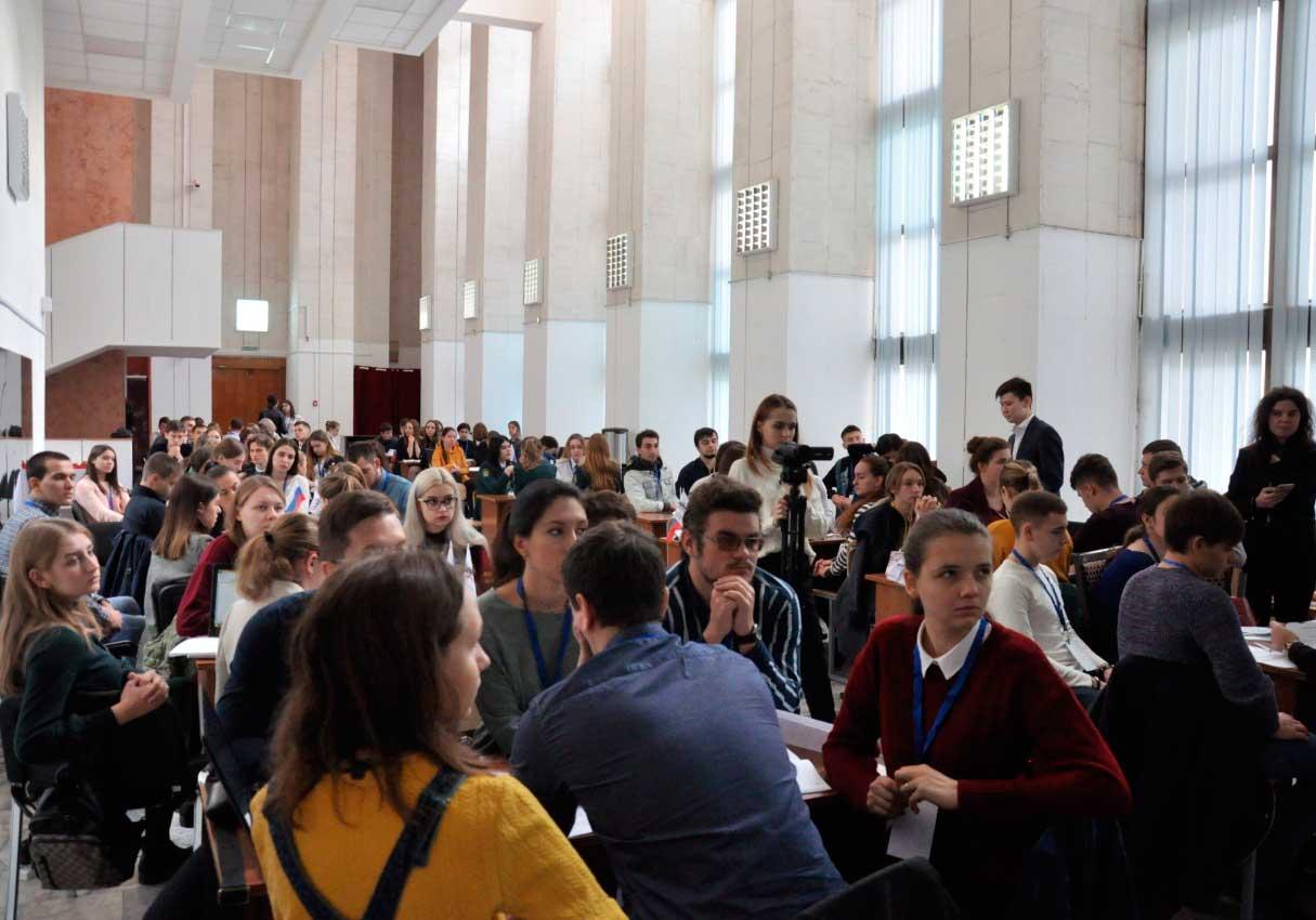 Студенты Ростовской области подготовились к отборочному этапу Кубка «Управляй!»