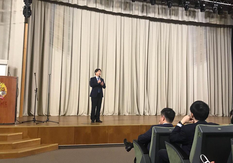 Чтецы китайской поэзии соревновались в РАНХиГС