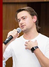 Основатель и исполнительный директор ресторанного холдинга «White Rabbit Family», лучший ресторатор России по версии журнала «GQ» Борис Зарьков
