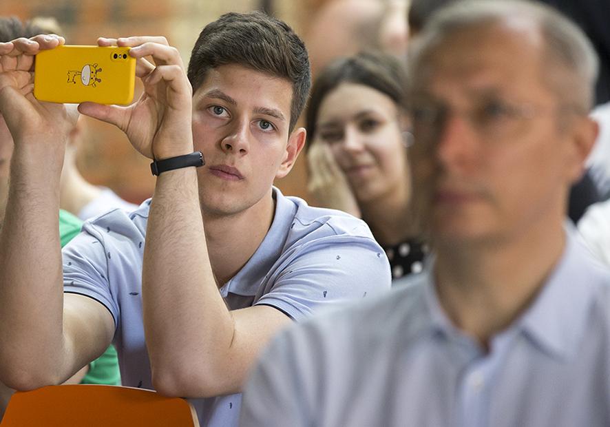 Студенты Академии впервые защитили дипломы в виде стартапов
