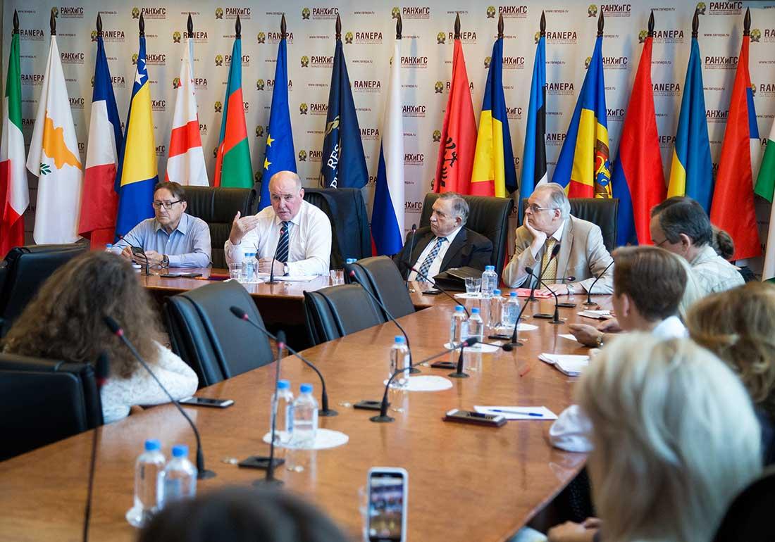 Замминистра иностранных дел Григорий Карасин рассказал о внешней политике России